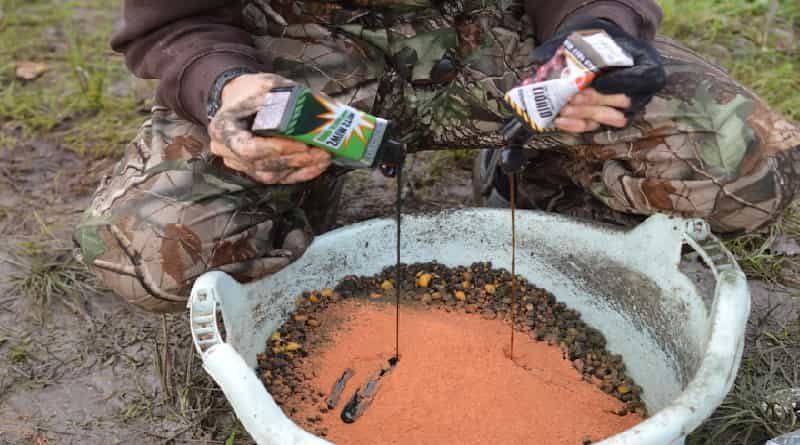 What attractants and how to apply them